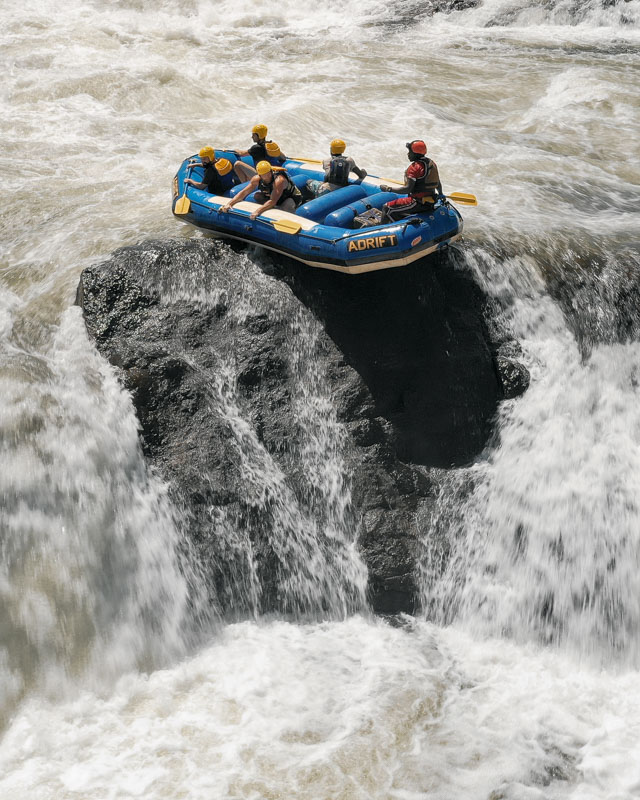 Wild White Water Rafting on the River Nile