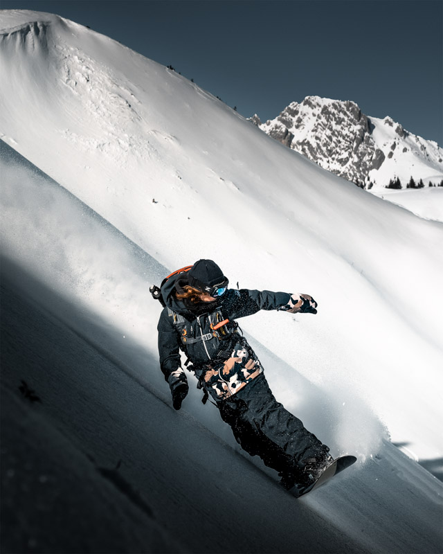 Splitboarding in Gstaad